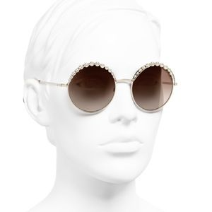 Chanel Metal & Pearls Gold frame sunglasses
